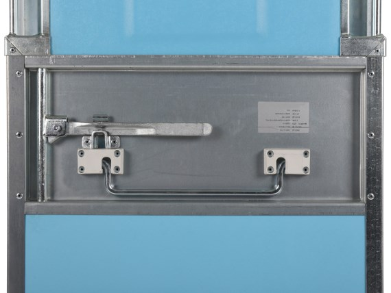 Insulated container - wheeled - lock1