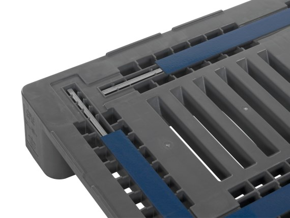 Plastic pallets - CR3 - steel reinforced