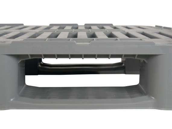 Plastic pallets - H3 - with sloping runners